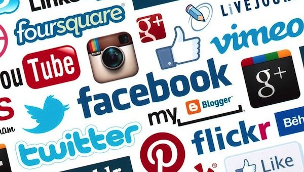 Survey Reveals an Average Social Media Profile Picture Lasts for 2 Years